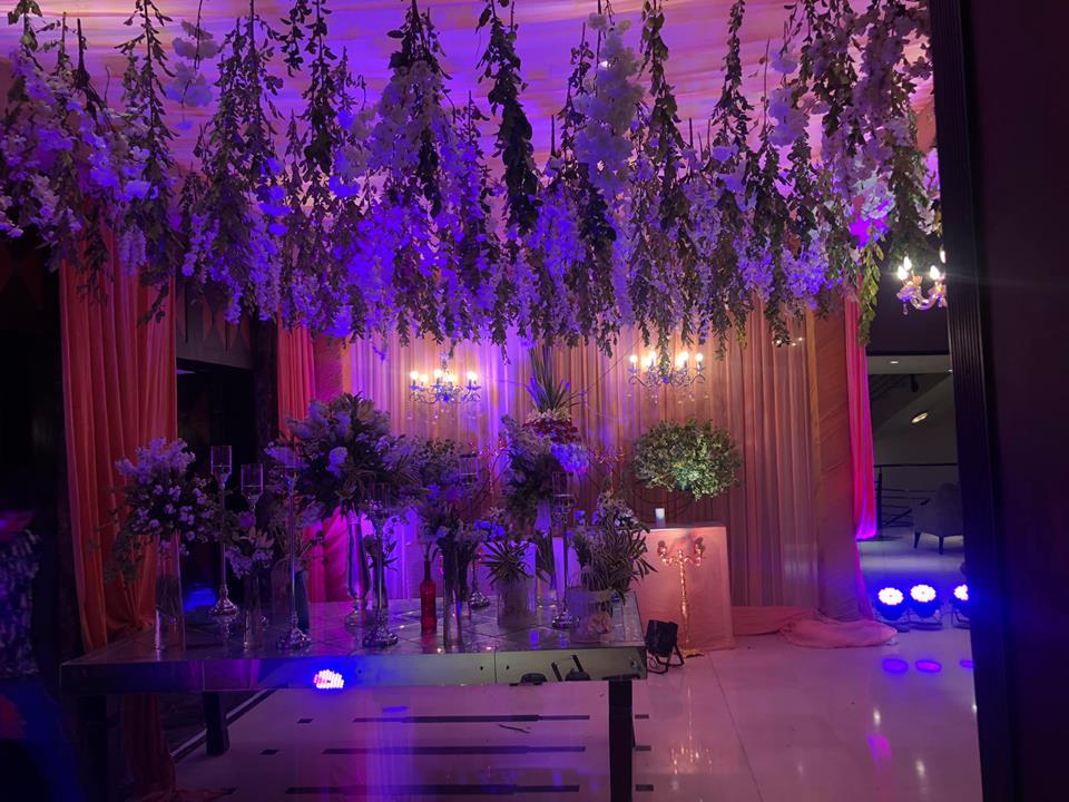 floral reception wedding theme