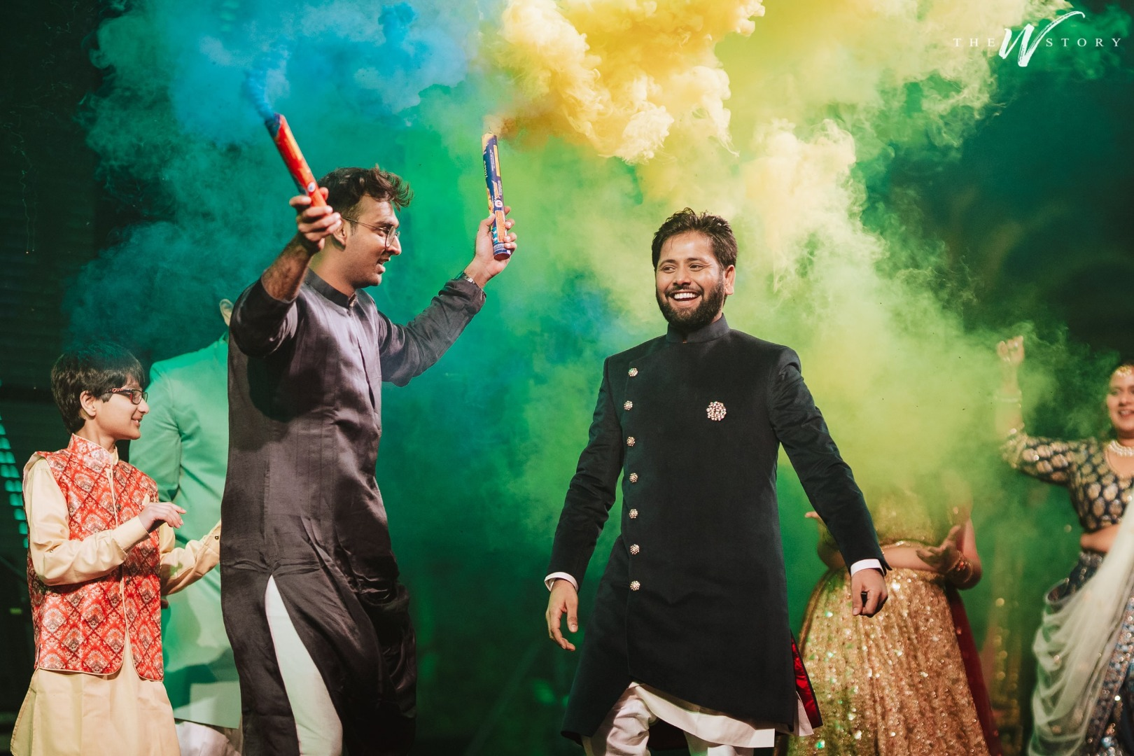 Best Sangeet Performance using smoke bombs