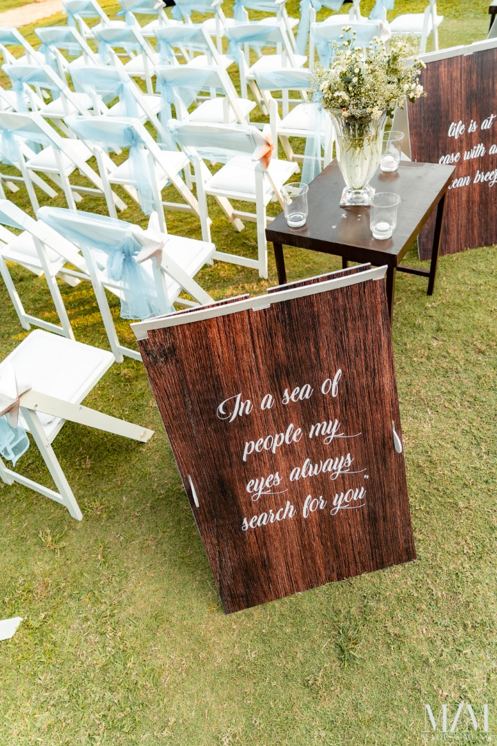 Cute and Romantic Signboards for Your Wedding
