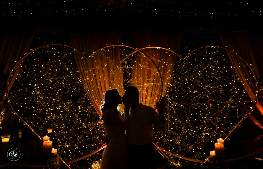Beautiful Shadow Photography of Bride & Groom with a Fairy light Heart Shaped Prop