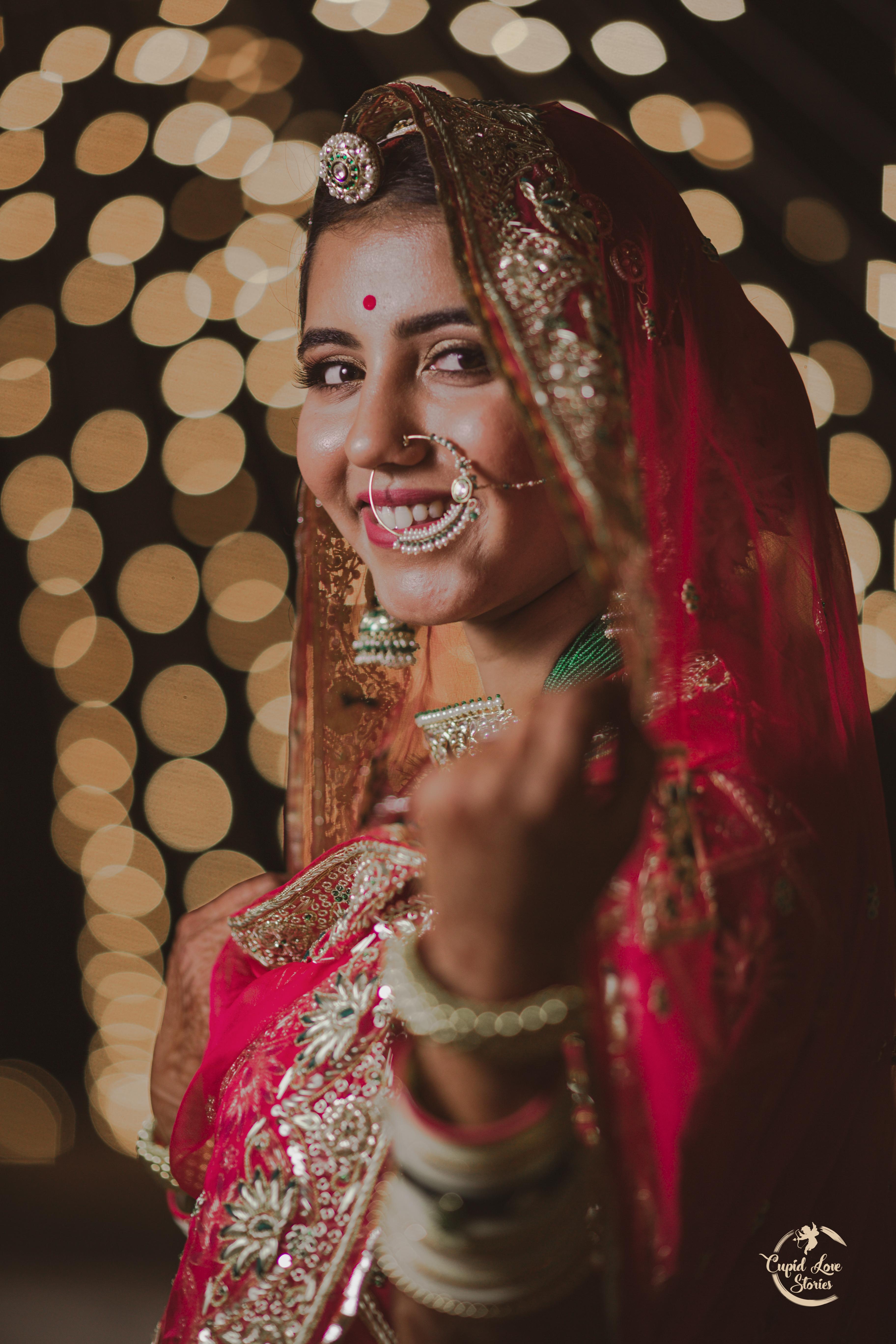 Beautiful Bridal Portrait Picture Smiling