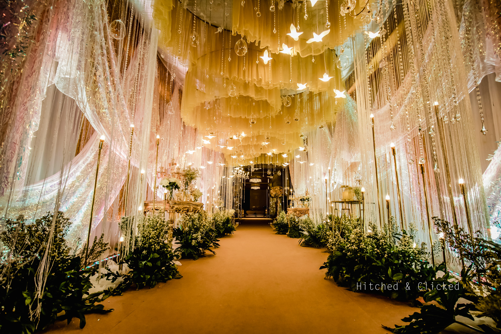 Decor with chandeliers