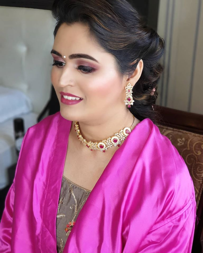 Mauve Bridal Makeup Look