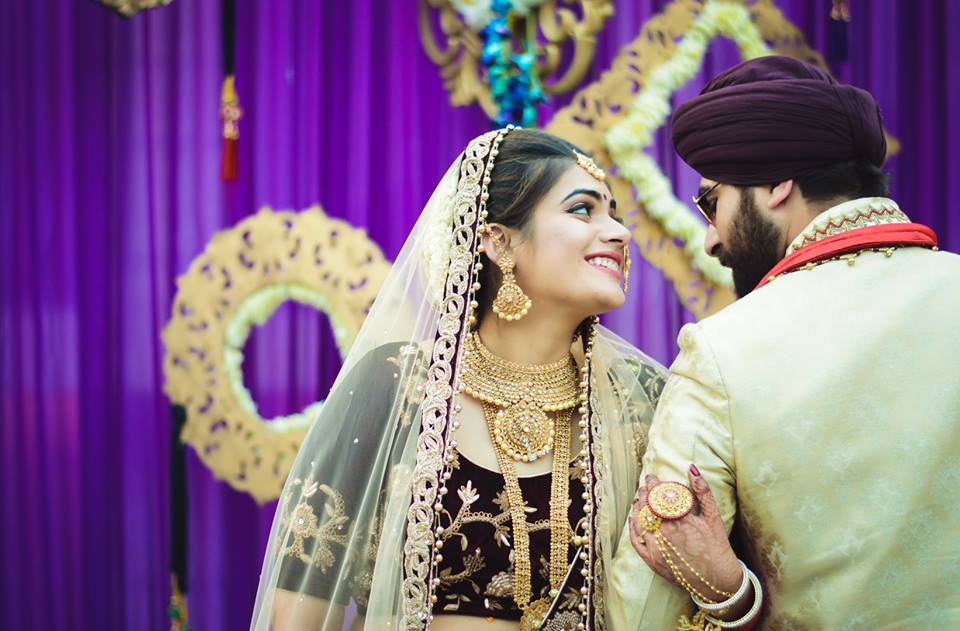 Bindass Sikh Couple Posing while Smiling