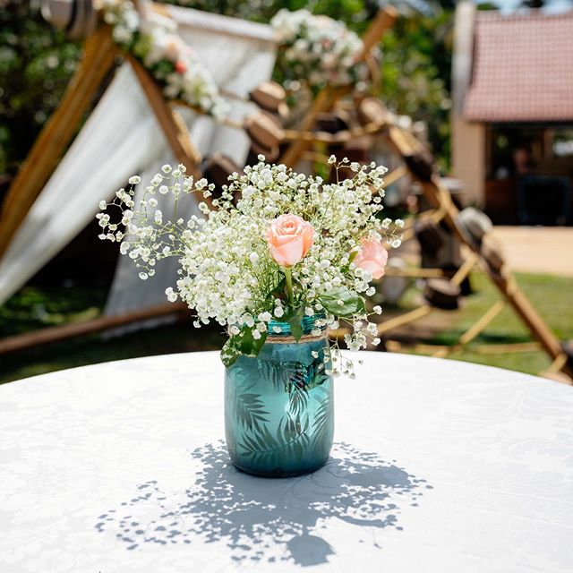 wedding table decoration idea with jar and flowers