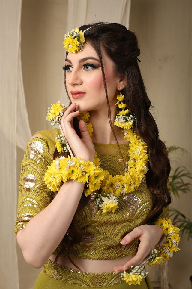 Unique Floral Jewelry for Haldi Ceremony