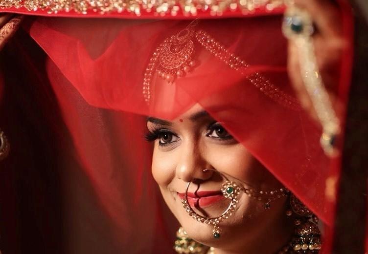 Aarti Makker Makeup Artist