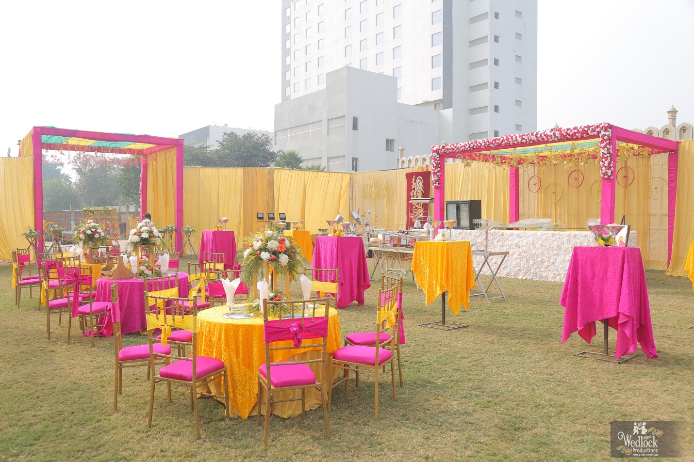 Pink and yellow openstage decoration