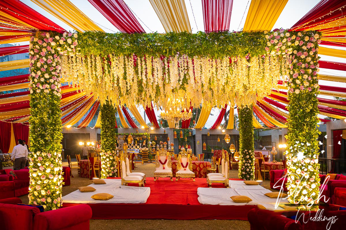 Floral Dreamy Mandap Decor