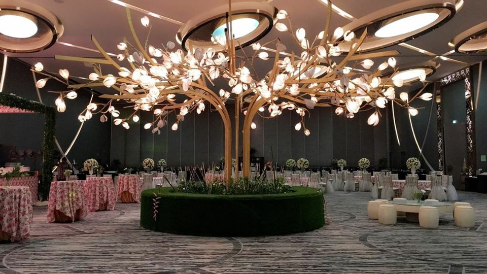 indoor reception hall decoration idea