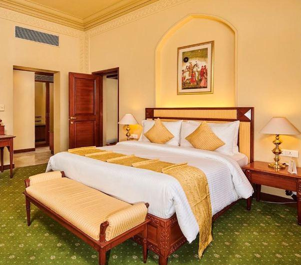 5 star wedding hotels bedroom