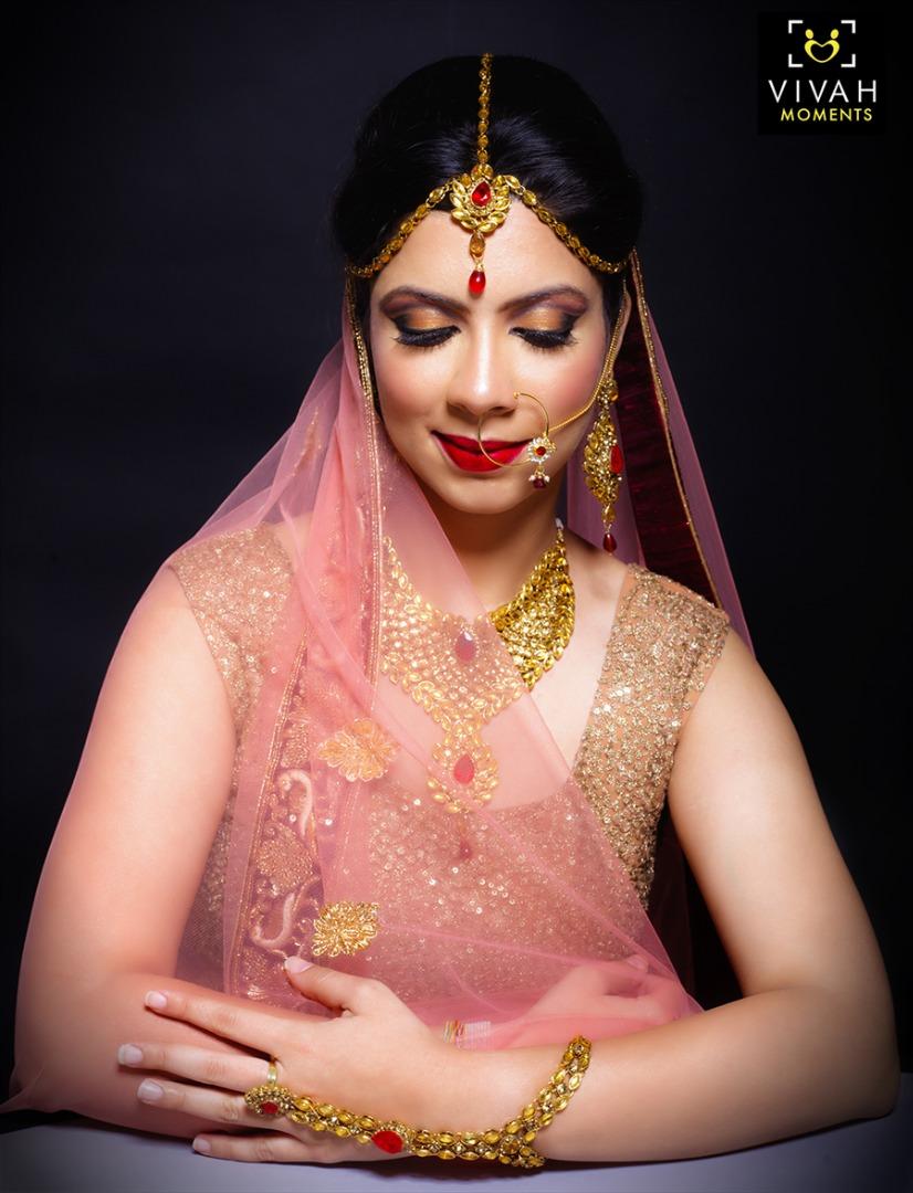 Bridal Glossy Eye Makeup