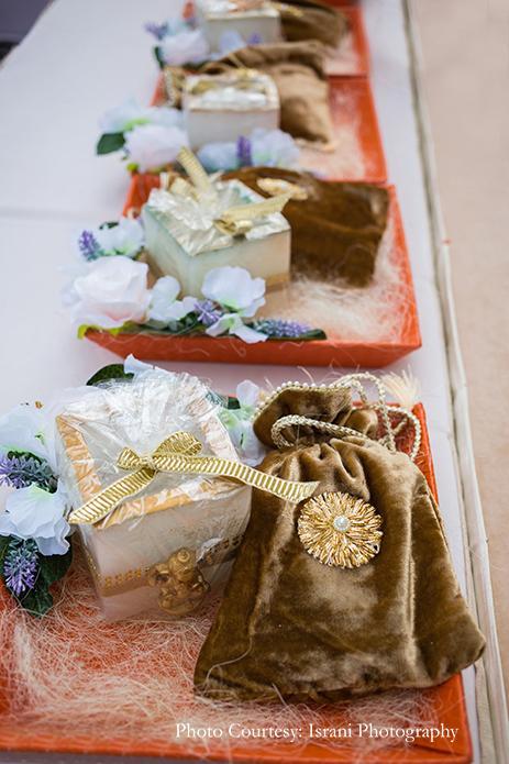 Wedding favours in polki