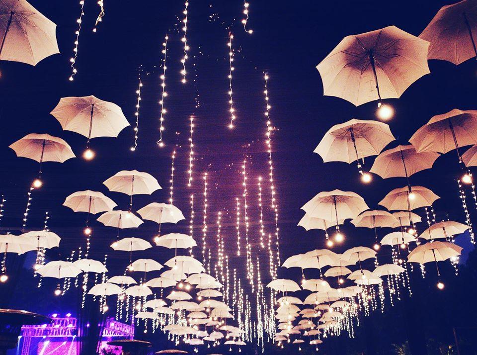 the monsoon wedding drift