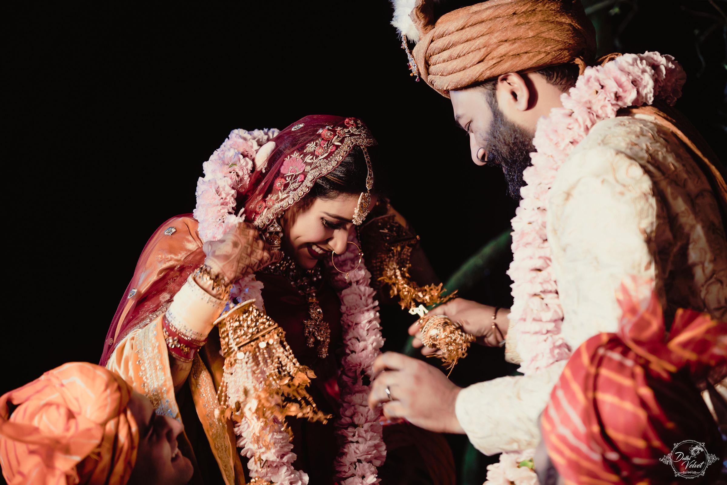 bridal couple jaimala